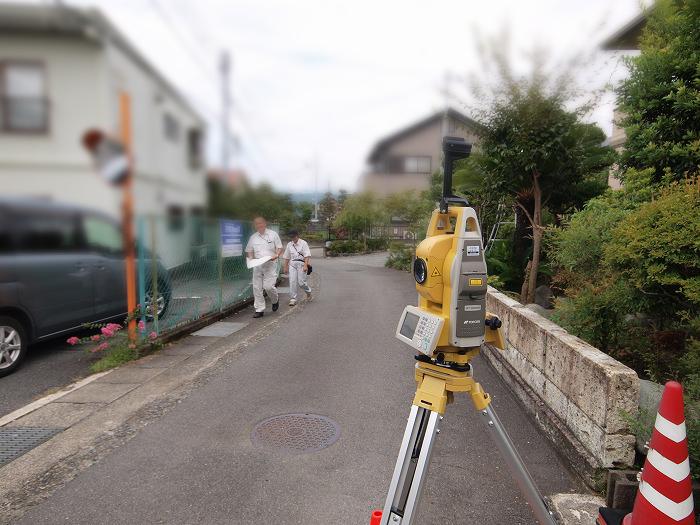 富士宮市の住宅予定地で敷地調査