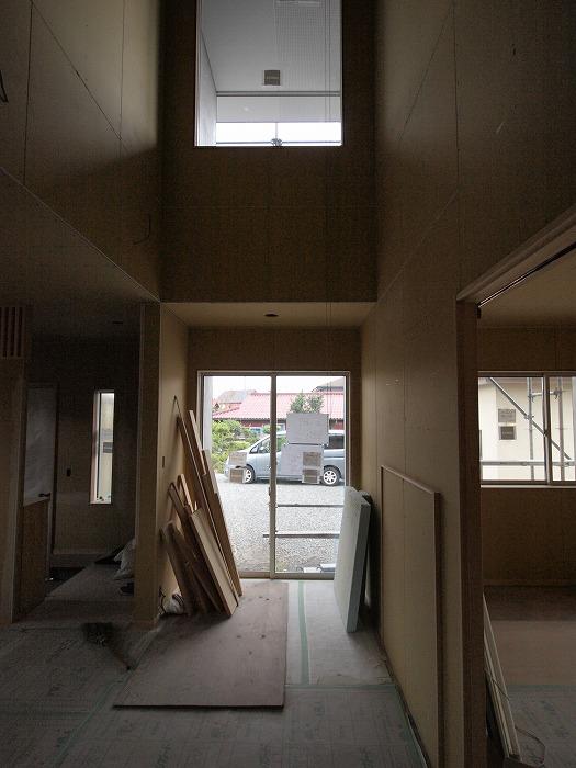 富士宮市のリノベーション現場には薪ストーブが設置される