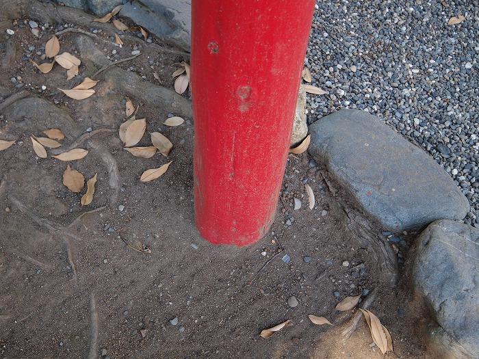 木を腐らせない工夫 土に埋まった柱