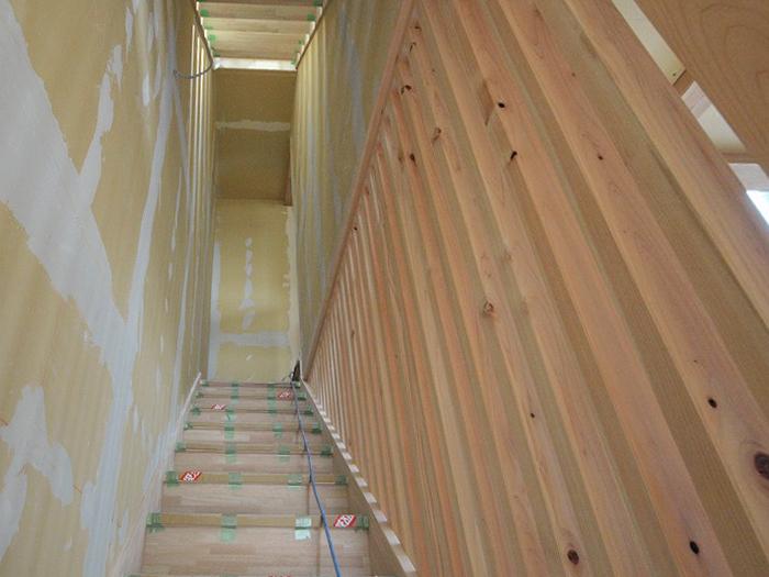 富士宮市新築住宅 スケルトン階段