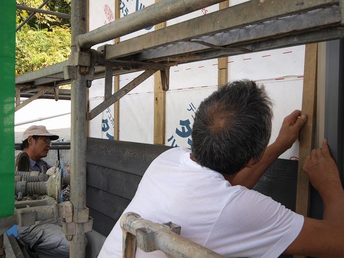 富士宮市 新築住宅 木の外壁施工