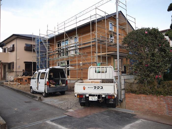 富士市 新築現場 木の外壁の外観
