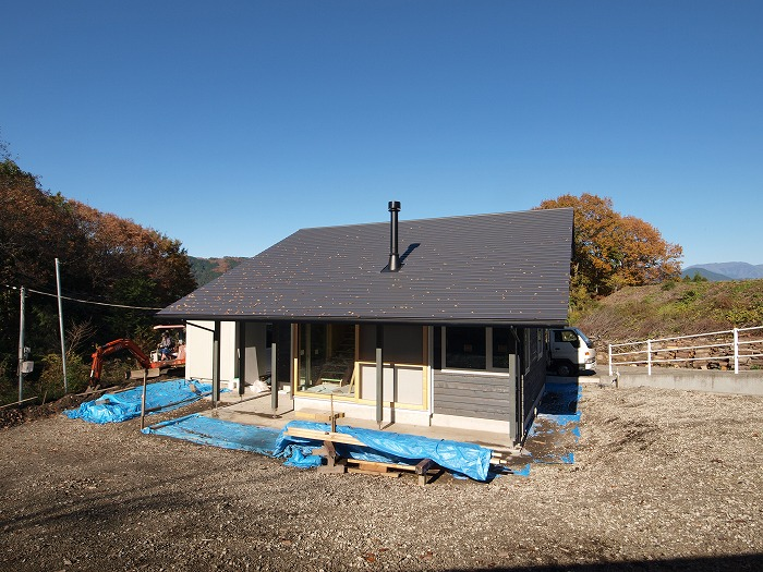 富士宮市 薪ストーブのある大屋根の家