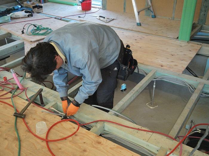富士市 土間とクッキング薪ストーブの家 電気工事