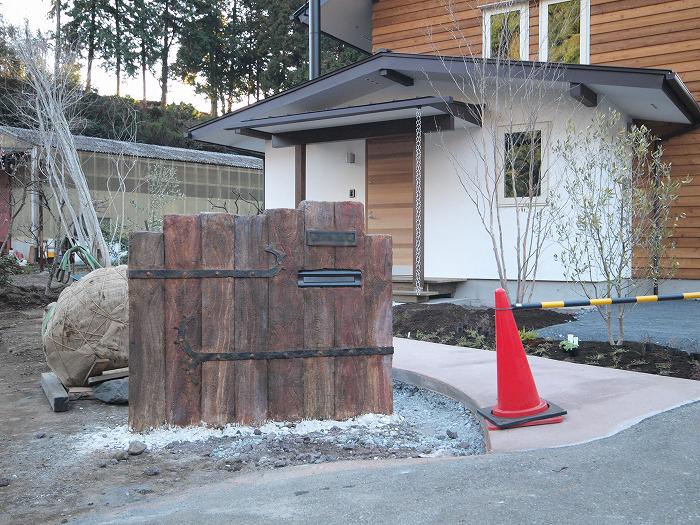富士市 土間とキッチンストーブの家 モルタル造形