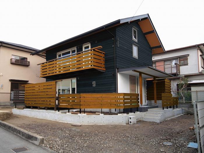 富士宮市 木の外壁の色決め
