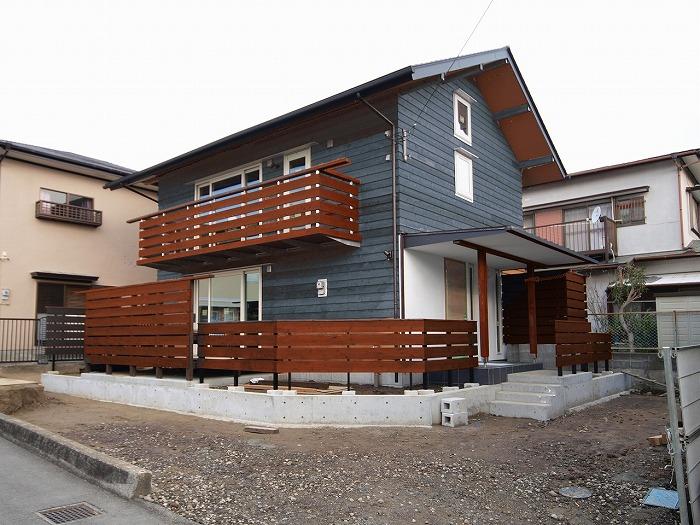富士市 木の外壁 レッドシダーの塗装