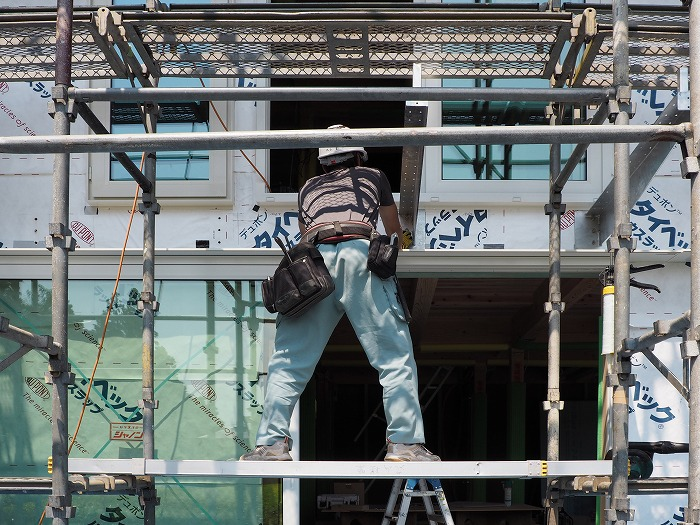 富士宮市新築住宅 樹脂サッシ 引き込み戸