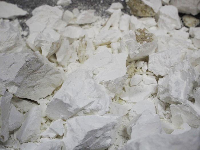シックイの製造過程 生石灰