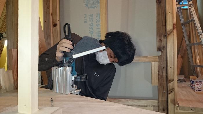 富士市 新築工事 手作り階段