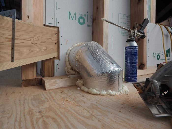 静岡県富士市 モデルハウス パッシブソーラーの配管