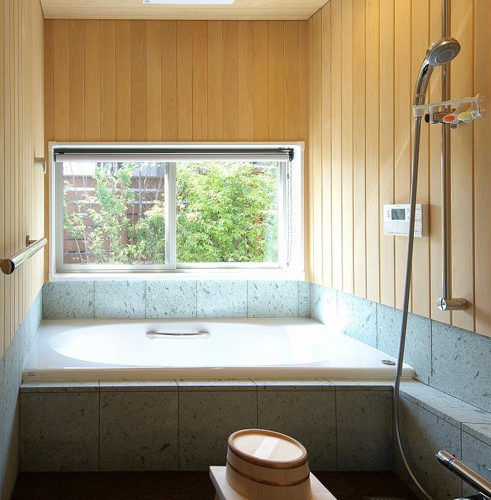 新築住宅 オーダーメードの造作浴室