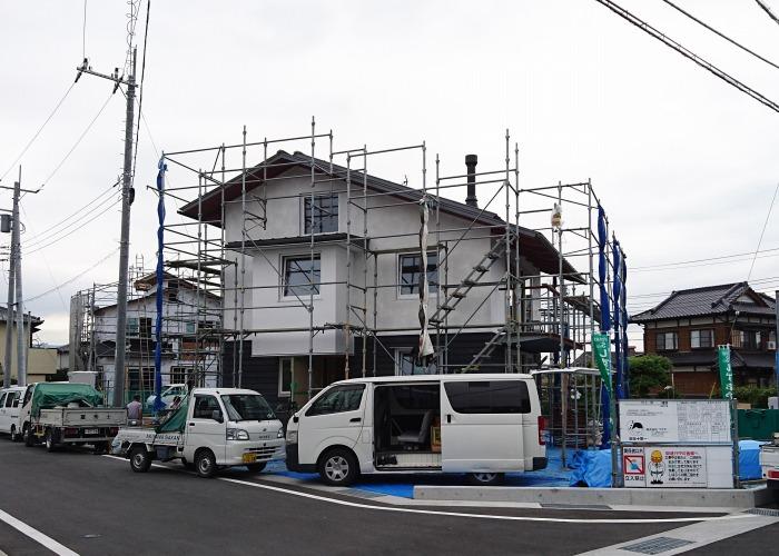 富士市 新築住宅 外壁は土佐の漆喰
