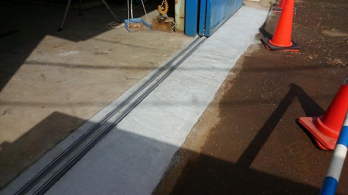 高性能AE減水剤のコンクリートにて補修