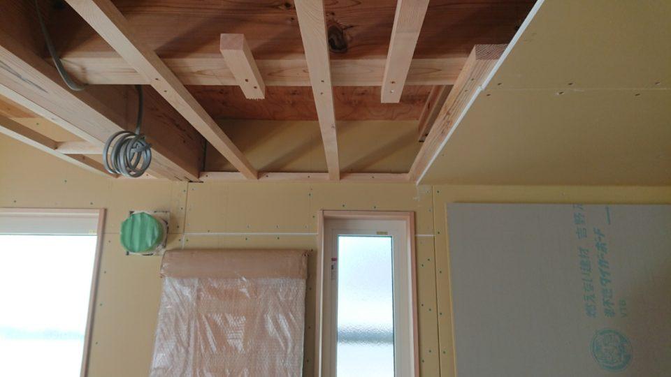 天井を作る